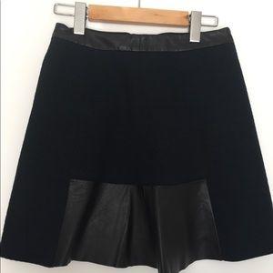NWT Club Monaco Navy skirt
